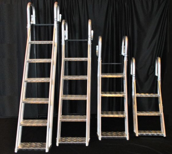 5 Step Heavy Duty Angled Aluminum Dock Ladders